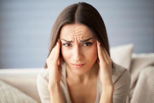 signs of self-sabotaging behavior in relationships